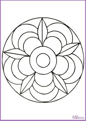 Mandala para niños flor y pétalos